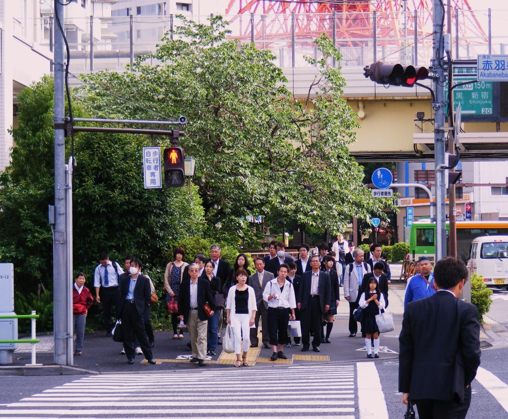 Morning Commute in Tokyo, Japan by Alfredo Hernandez Corsen