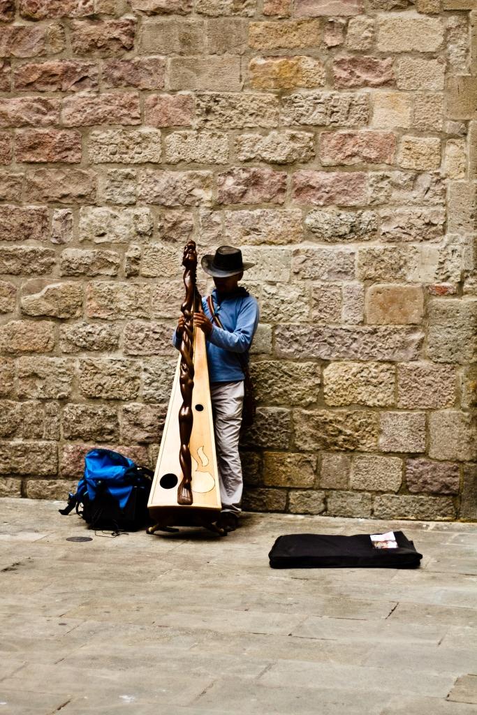 El figuro in Barcelona, Spain by Mike Etlinger
