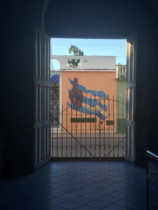 LL Cuba 2.jpg